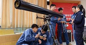 """Trung Quốc sử dụng pháo laser """"dọn rác"""" trên đường dây điện"""