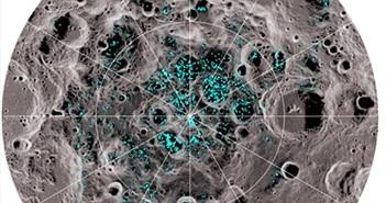 Sửng sốt phát hiện nước đá lạnh ngắt trên Mặt trăng