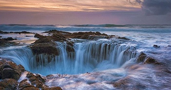Giếng thần Thor kỳ lạ hút nước giữa biển
