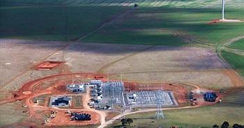 Tesla: nhà máy trữ điện bằng pin lớn nhất thế giới đã xây được nửa chặng đường