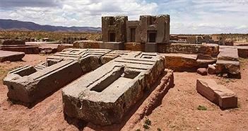 Những tàn tích ở thành cổ Puma Punku, Bolivia