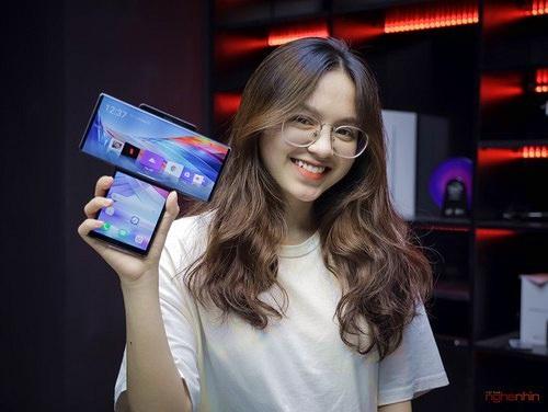 Trên tay LG Wing tại Việt Nam: màn hình xoay chữ T siêu dị