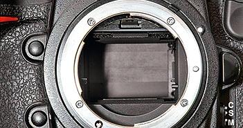 Máy ảnh Pentax, Canon, Nikon, Olympus, and Sony đọ tiếng màn chập