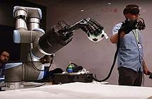 Bàn tay robot dành cho những người yêu xa