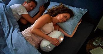 Chàng trai chế tạo robot ru mẹ ngủ
