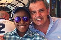 Ông bố xin Apple mở iPhone của con trai quá cố