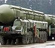 Ông Putin gật đầu, Nga sẵn sàng tấn công vũ khí hạt nhân đáp trả