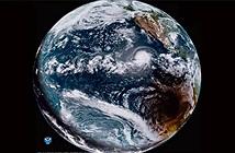 Vệ tinh cùng lúc chụp ảnh nhật thực toàn phần và bão xoáy