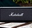 Marshall ra mắt loa di động cầm tay Emberton, vẫn nét cổ điển, âm trầm ấm, giá 149USD