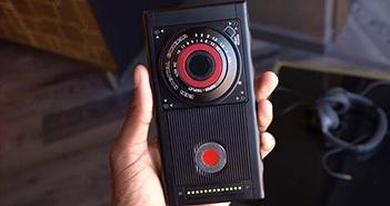 RED sẽ công bố phụ kiện quay phim 3D cho smartphone Hydrogen One