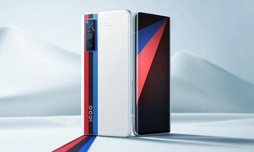 Vivo iQOO 7 có màn hình cảm ứng lực siêu độc đáo khi chơi game