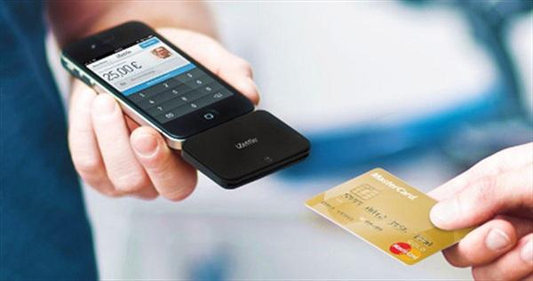 Cứ 10 người Việt thì có hơn 5 người dùng smartphone để mua sắm