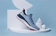 Xiaomi ra mắt ba lô và giày Mijia Sneakers 4 mới