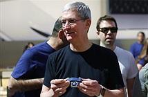 Tim Cook sử dụng một phiên bản Apple Watch đặc biệt