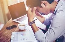 Dân văn phòng trẻ đau đầu vì nhiều chứng bệnh thường gặp