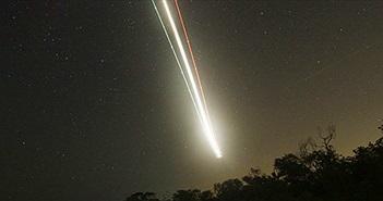 Thiên thạch phát nổ gần căn cứ không quân Mỹ