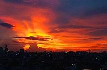 Giải mã mây phượng hoàng lửa xuất hiện trên bầu trời TP.HCM