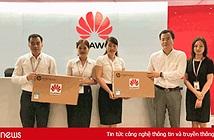 Huawei Việt Nam tặng máy tính cho trường học ở Hà Tĩnh và Sơn La
