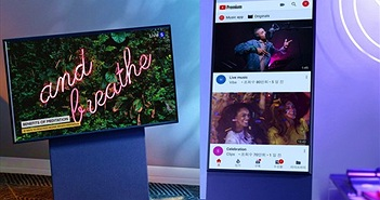Samsung ra mắt tivi xoay lật, lướt Facebook tiện lợi, giá 1.600 USD