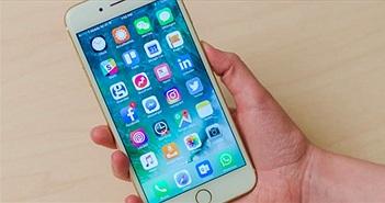 Nên mua iPhone 7 Plus hay Galaxy Note 8 chơi tết?