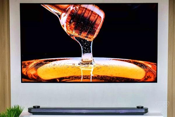 TV OLED cao cấp của LG có giá khởi điểm thấp hơn bao giờ hết