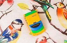 Chiếc điện thoại nắp gập màu mè như đồ chơi con nít này từng là một siêu phẩm giá nghìn đô