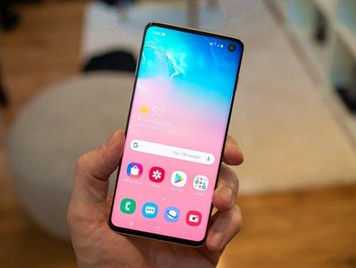 """Tin đồn: Samsung có thể """"ngừng bán"""" Galaxy S10, Note10?"""