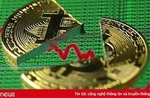 """Giá Bitcoin sụt mạnh, vốn hóa thị trường tiền mật mã """"bốc hơi"""" 30 tỷ USD"""