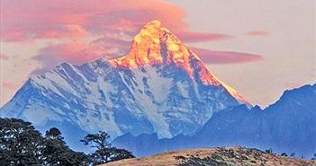 """""""Soi"""" căn cứ giám sát hạt nhân bí mật trên đỉnh Nanda Devi"""