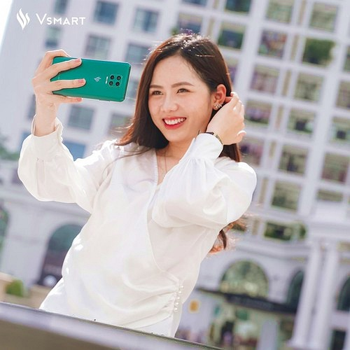 """ZTE, Vsmart, Xiaomi: Ai sẽ thắng """"cuộc chơi"""" smartphone có camera ẩn dưới màn hình?"""