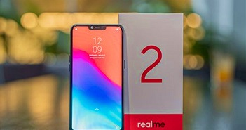 """Mở hộp Realme 2: con bài chiến lược của Oppo trong cuộc chơi """"smartphone mạnh giá rẻ"""""""