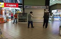 Chủ cửa hàng Mobile Air lừa du khách Việt mua iPhone 6 là người thế nào?