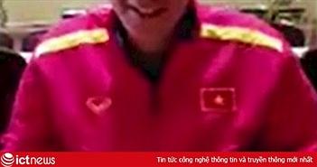 HLV thể lực tuyển Việt Nam tập hát Quốc ca để chuẩn bị cho Asian Cup
