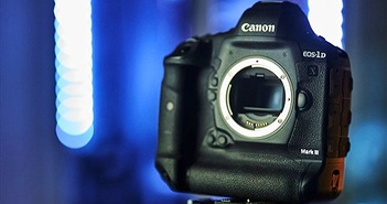 Canon EOS-1D X Mark III: Dual Pixel AF, quay video Raw 5.5K, giá 6.499 USD