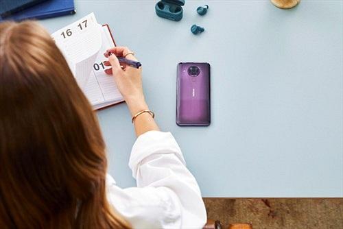 Nokia 5.4 ra mắt: Bắt trọn thế giới muôn màu giá 5 triệu