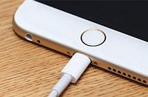 Vì sao iPhone thường đổ chuông hoặc rung khi bạn cắm sạc?