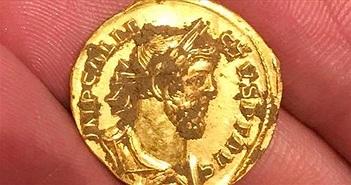 Anh: Tìm thấy đồng xu 2000 năm tuổi còn nguyên vẹn