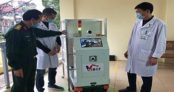 Việt Nam chế tạo thành công robot hỗ trợ nhân viên y tế