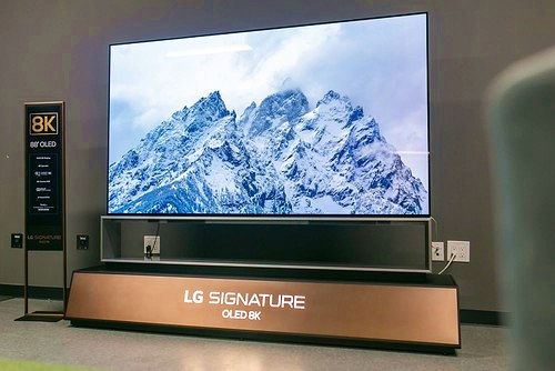 LG ra mắt TV OLED 8K lớn nhất thế giới, màn 88 inch giá hơn 800 triệu