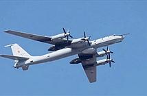 Máy bay ném bom Nga lượn lờ suốt 13 giờ gần biên giới Mỹ
