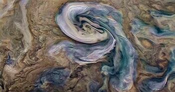 """Hành tinh """"có thể chứa sự sống kỳ lạ"""" đầy… mưa đá bốc mùi"""