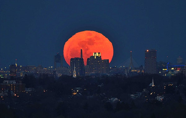 Sự thật có thể bạn chưa biết về trăng máu