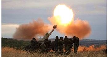 Quân ly khai dùng pháo chống tăng hạng nặng dội vào sân bay Donetsk