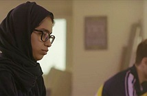 Nữ sinh chế tạo robot đi học thay người