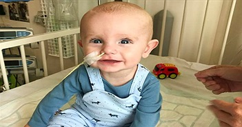 Cậu bé chào đời không có hệ miễn dịch