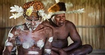 Bộ tộc ăn thịt người ở New Guinea: Chia sẻ vợ và không có rào cản tình dục