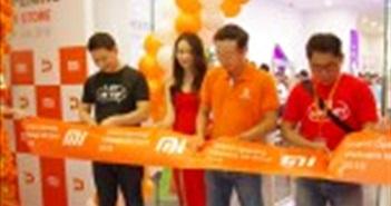 Cửa hàng Mi Store ủy quyền đầu tiên tại Việt Nam ra mắt