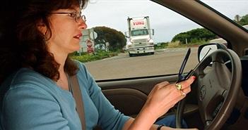 Đã có công nghệ phát hiện tài xế dùng smartphone khi đang lái xe