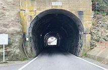 Đường hầm bị nguyền rủa ở Nhật, ai đi qua cũng khiếp sợ