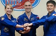 Nga phóng tàu vũ trụ chở ba nhà du hành lên ISS